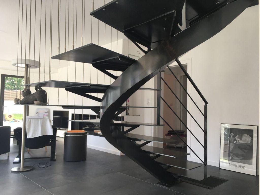 Escalier métal intérieur