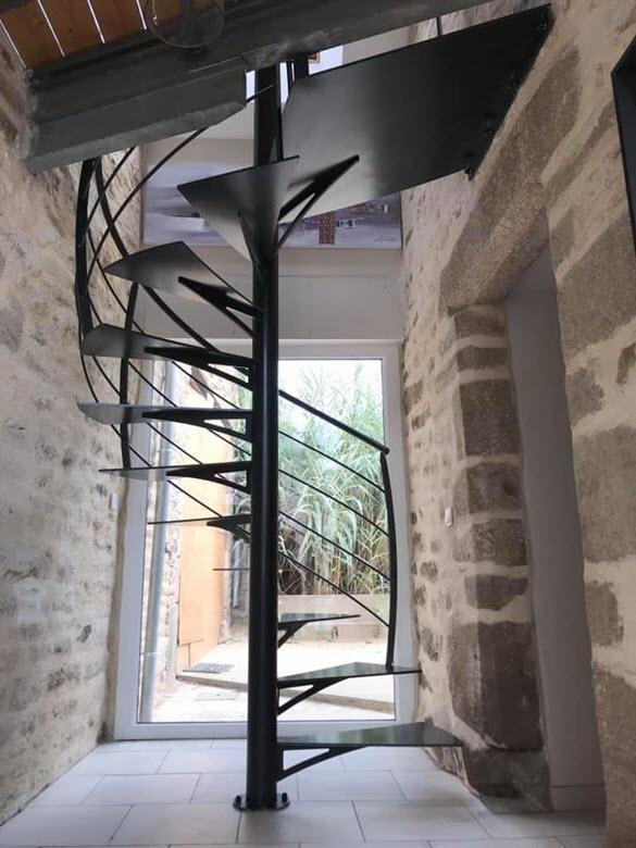 Escalier hélicoïdal métal intérieur