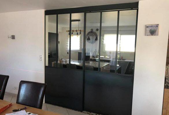 Cuisine et salle après installation de verrière